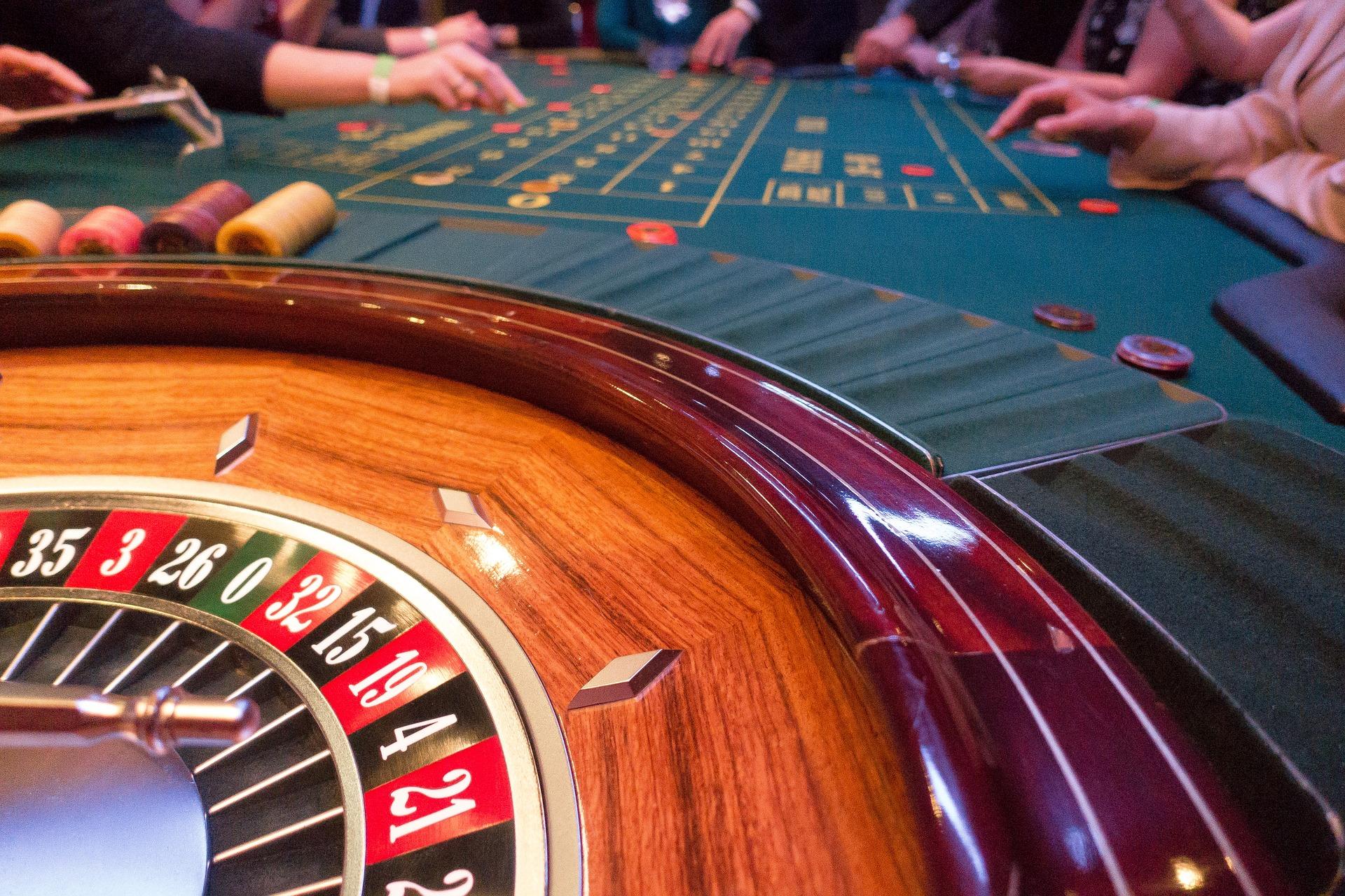 bináris opciók szerencsejáték tevékenység