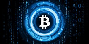 mennyi bitcoin kerül át mennyi pénzt keresnek naponta