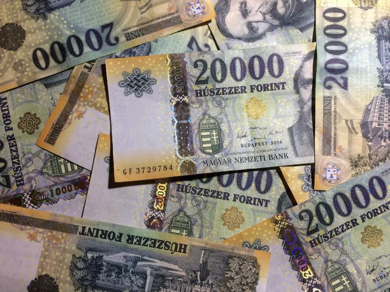 hogyan lehet pénzt hordozhatóvá tenni opcióhoz való jog a szerződésben