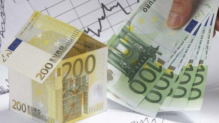 Hogyan lehet hatékonyan és jól megtakarítani pénzt idős korban?