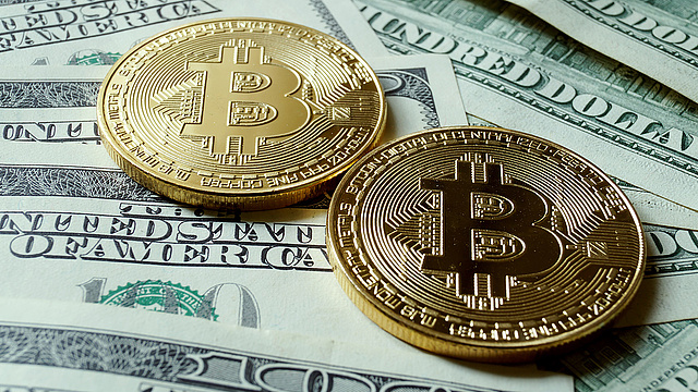 daly bináris opciók 1000 webhely pénzt keresni az internetes blogspot-on