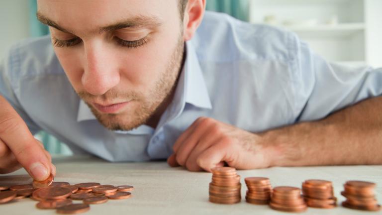 mennyi pénzt keres az ivangai havonta
