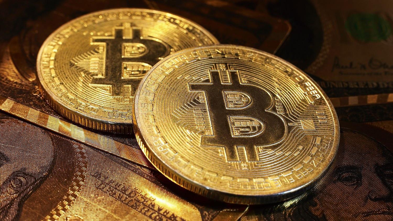 Beszakadtak a kriptodevizák, 30 százalékot zuhant a Bitcoin - krisztinahaz.hu